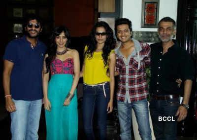 Film Mahurat: 'Kya Super Kool Hain Hum'