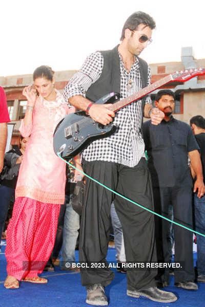 Ranbir, Nargis @ 'Rockstar' promotion
