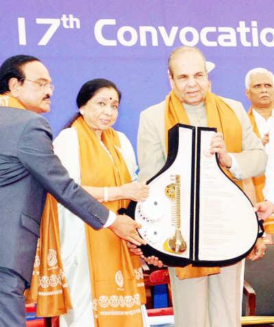 Asha Bhosle enters Guinness World Records