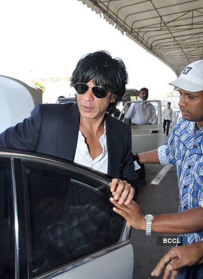 SRK, Arjun, Kareena at airport