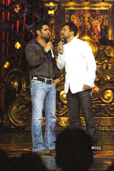 On the sets: Comedy Circus