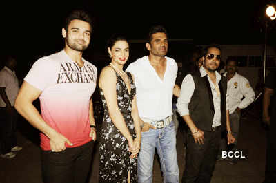 'Loot' cast at Diwali shoot