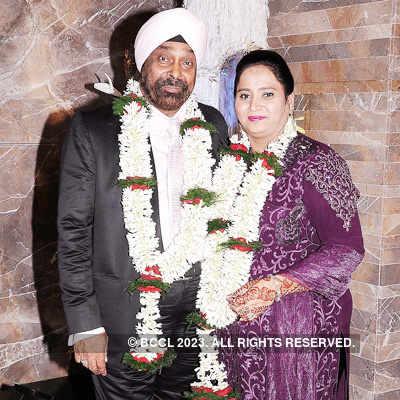 Gopu & Raju Vij's 25th anniv. party