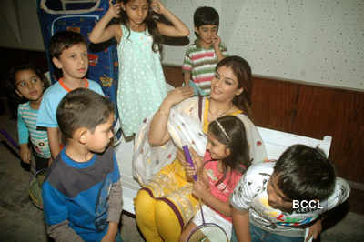 Stars celebrate 'Children's Day'