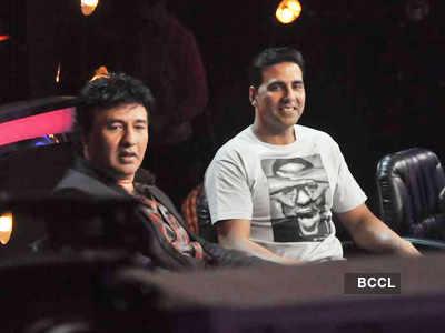 'Desi Boyz' on 'Star ya Rockstar'