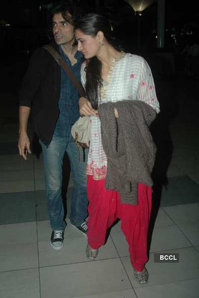 Nargis, Ranbir at airport