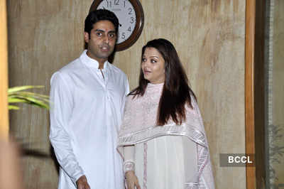 Bachchans' press meet after baby's birth