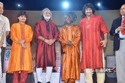 Performance by Pt. Vishwa Mohan & Toumani