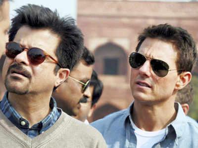 Tom Cruise visits Taj Mahal