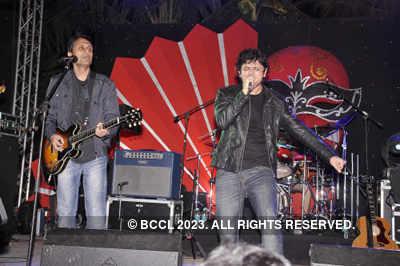 Celebs at 'Strings' concert