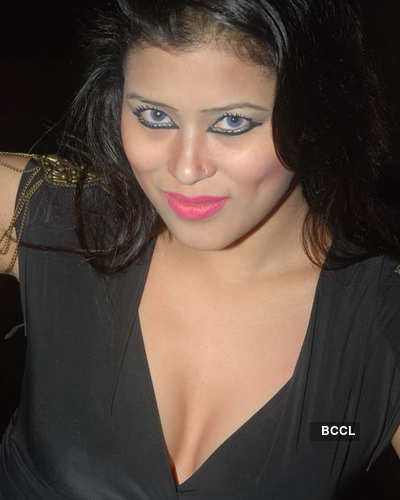 Anupama Shukla's b'day bash