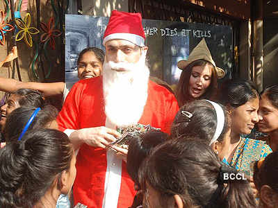 Shiney turns Santa