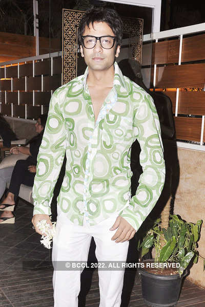 Nandish Sandhu's birthday bash