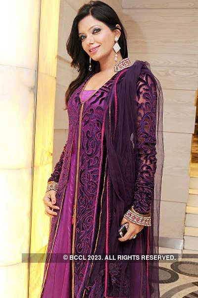 Abida Parveen performs