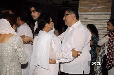 Sunil & Dharmesh Darshan's dad's prayer meet