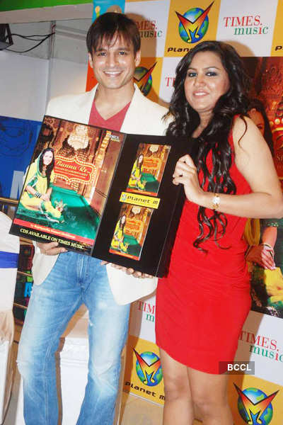 Rajnigandha's album launch