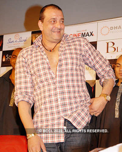 Sanjay Dutt promotes 'Agneepath'