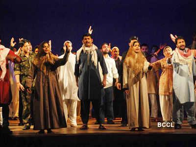 Celebs @ Mahesh Bhatt's play