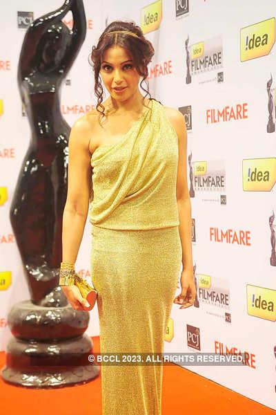 57th Idea Filmfare Awards 2011: Divas in gowns