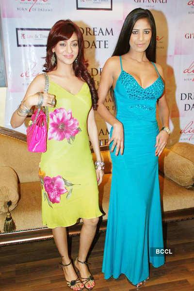 Poonam, Vedita @ 'Dream Date' event