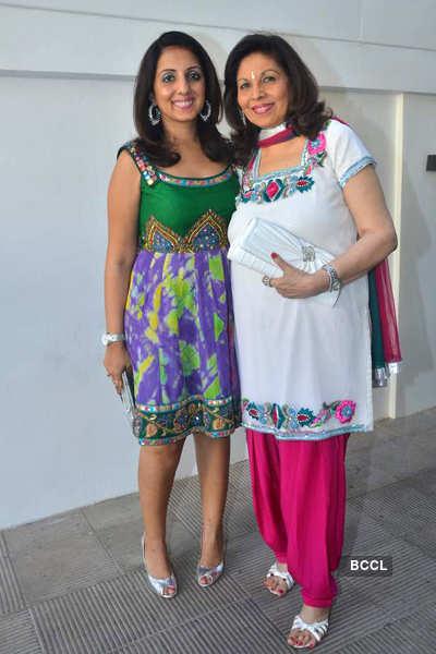 Vinisha Tulsiani's b'day party
