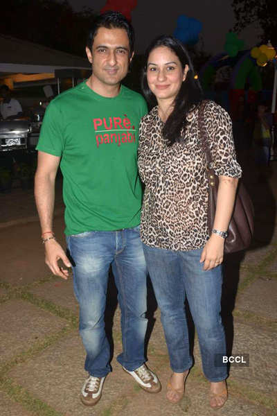 Manoj Bajpai's daughter's b'day party