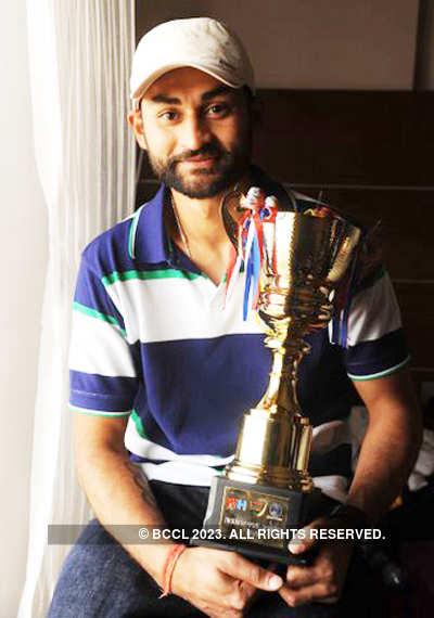 Hockey player Sandeep Singh's b'day party