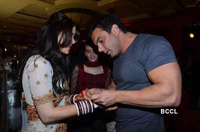 Sachin Joshi-Urvashi's reception