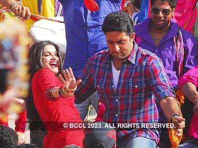 Abhishek, Prachi @ 'Bol Bachchan' shoot