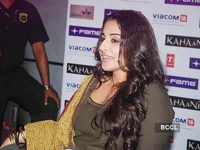 Vidya Balan sells 'Kahaani' tickets