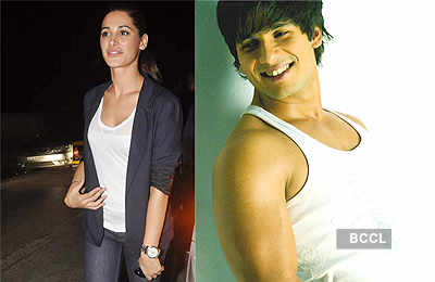 Shahid is dating Nargis Fakhri!