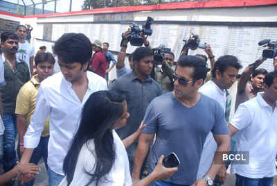 Celebs at Mona Kapoor's funeral