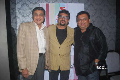 RK Laxman Ki Duniya: Success party