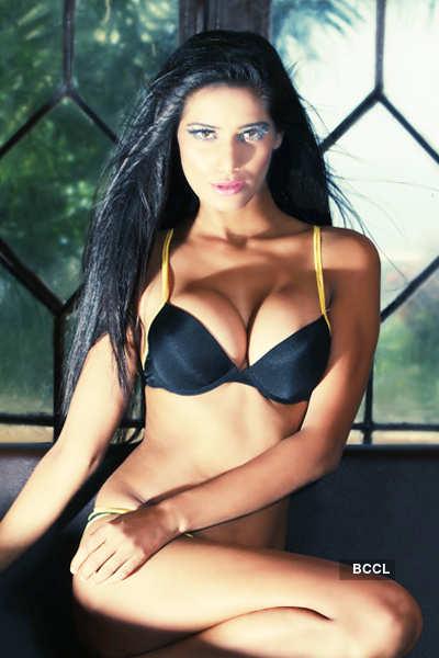 Poonam a threat to Sunny Leone?