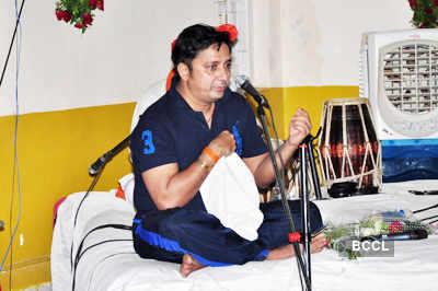 Sukhwinder, Shweta @ Yoga Institute