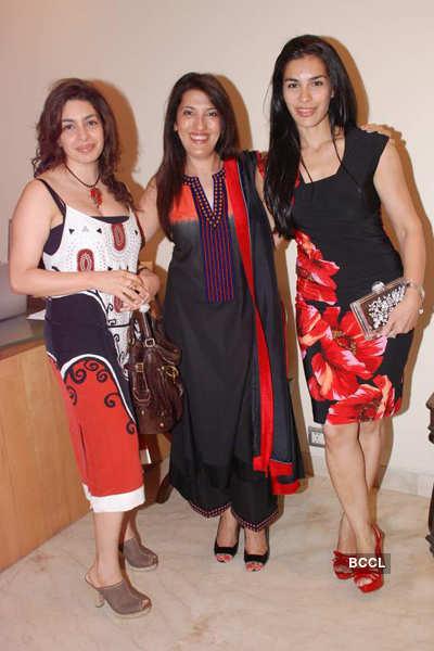 Celebs @ Nalini Mehta art show