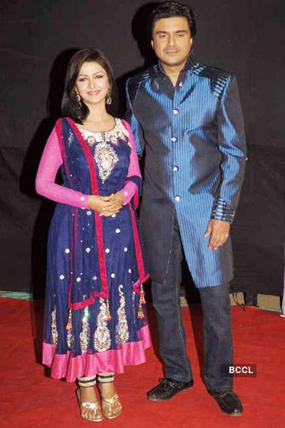 Siddhi & Kunal's honeymoon plans stalled!