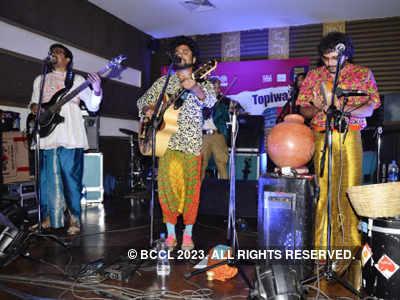 Band, Baaja aur Masti