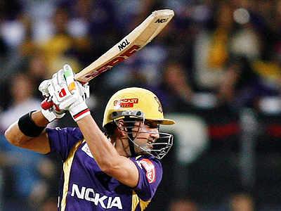 Kolkata go through to IPL 5 final