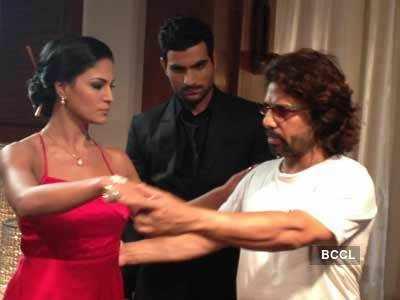 Veena Malik's 'dirty' moves