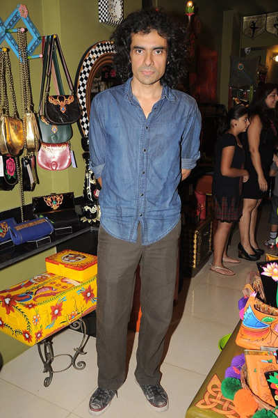 Celebs attend 'Fluke' store opening