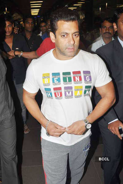 Salman Khan at airport
