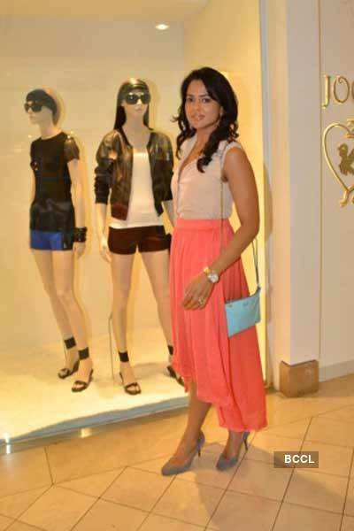 Sameera at Raffles in Singapore