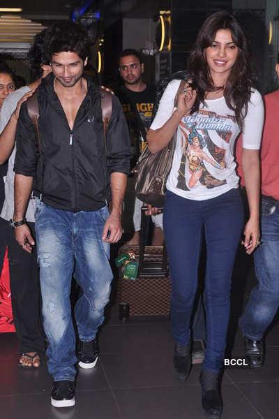 Shahid, Priyanka spotted at airport