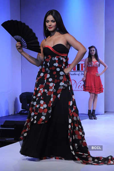 Neetu Chandra @ Fashion show