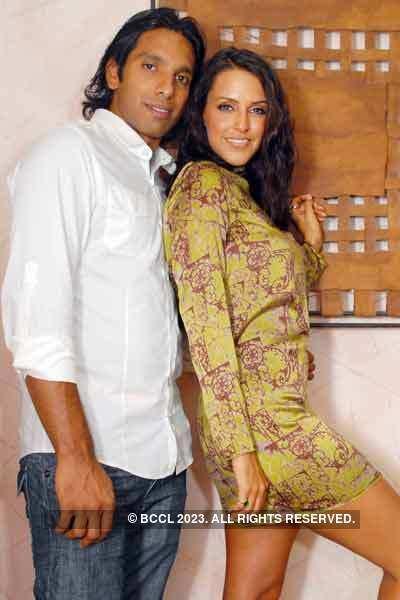 Ritwik Bhattacharya & Pia Trivedi in love!