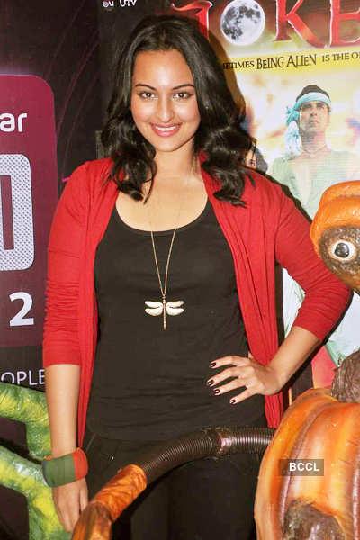 Sonakshi promotes 'Joker'