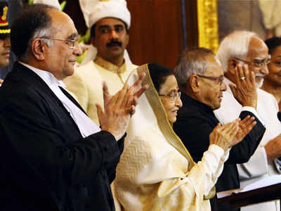 Pranab Mukherjee takes oath as President