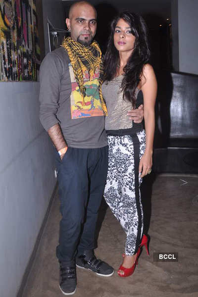Gul Panag @ Agnee's Bollywood debut gig