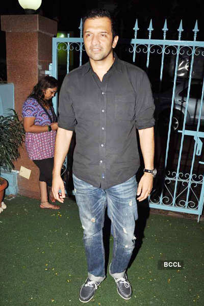Narendra Kumar-Elle mag's party